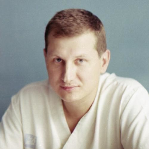 Леонов Игорь Геннадьевич